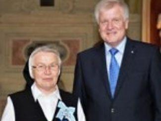 Wir gratulieren Sr. Michaela Speckner zur Verleihung des Bayerischen Verdienstordens!