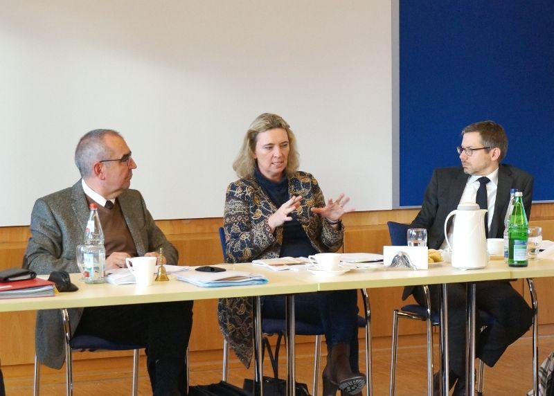Mit Staatsministerin Kerstin Schreyer im Gespräch